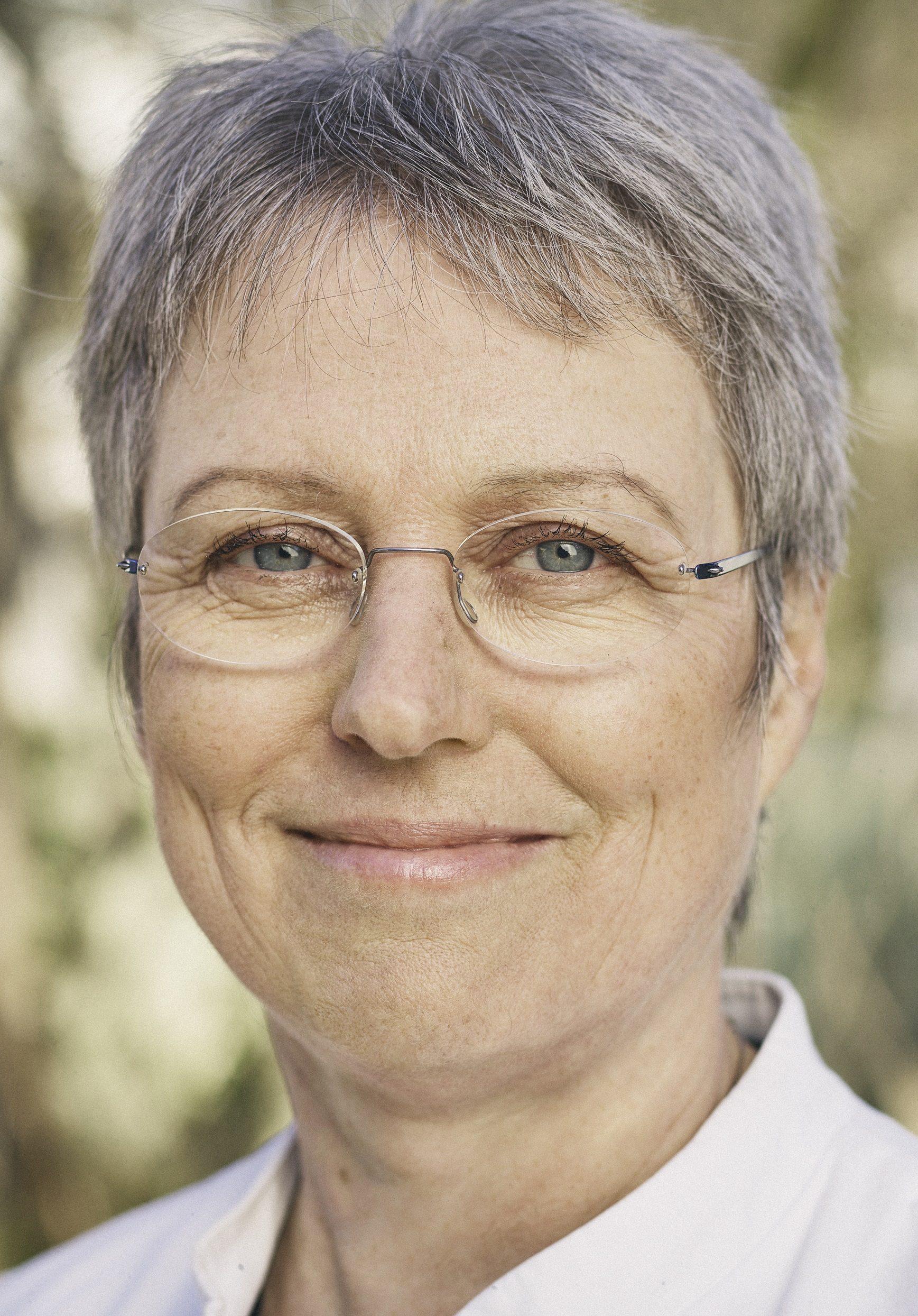 Dr. Irmgard Landgraf